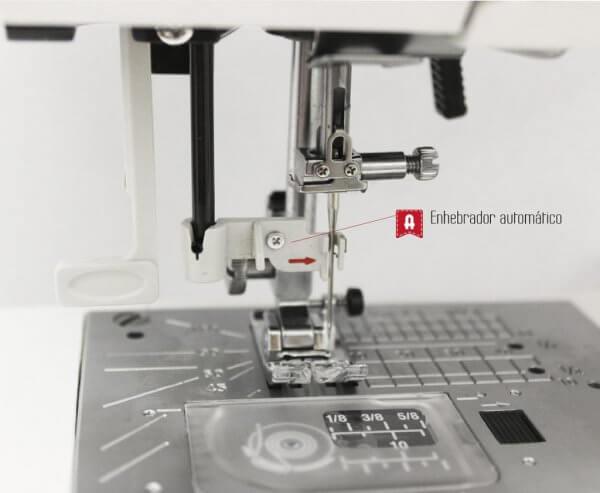 Máquina de costura Alfa 2130